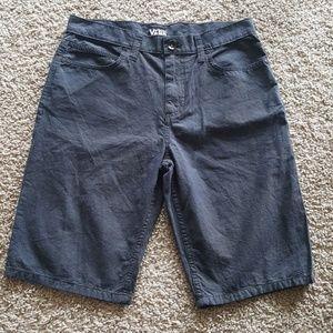 Used Men's Vans shorts size 28